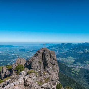 Das Gipfelkreuz auf den Drei Schwestern
