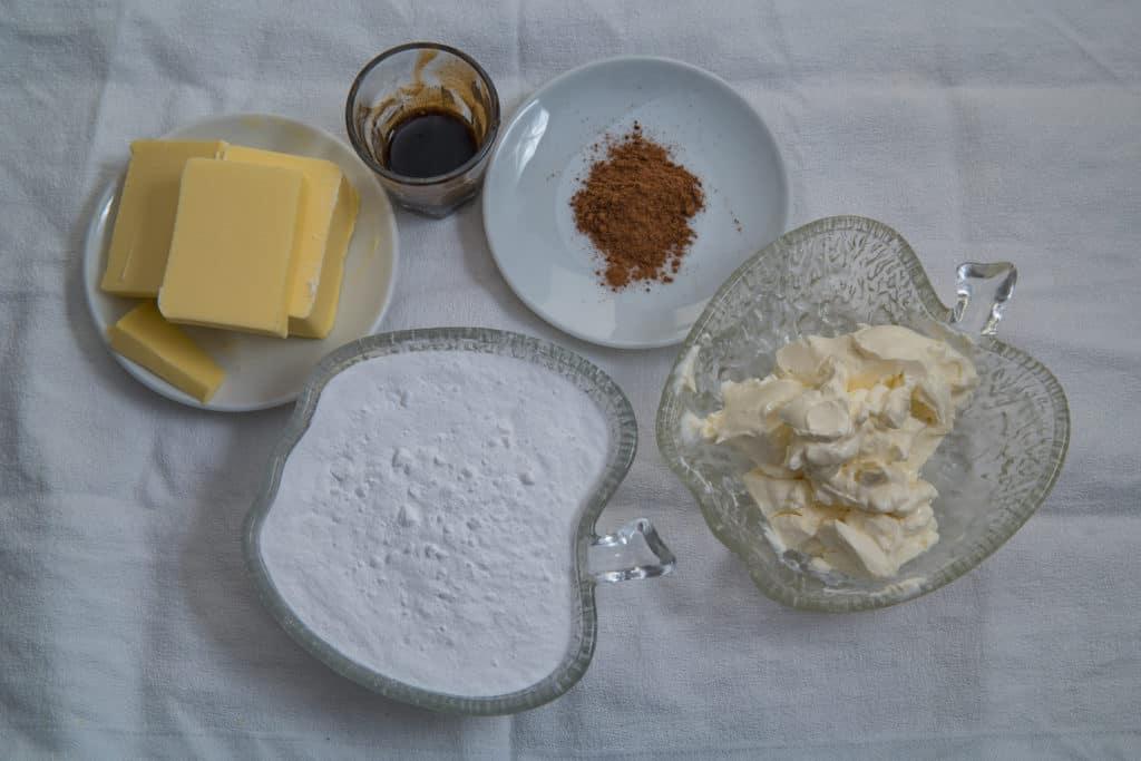 Zutaten für die Zimtfüllung des Mini Kuerbis Whoopie Pies mit Zimtfuellung Rezepts
