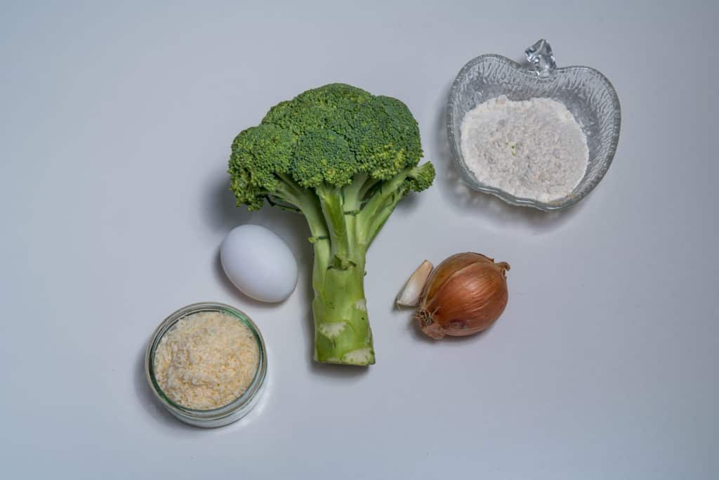 Zutaten für das Broccolitaler mit Parmesan Rezept