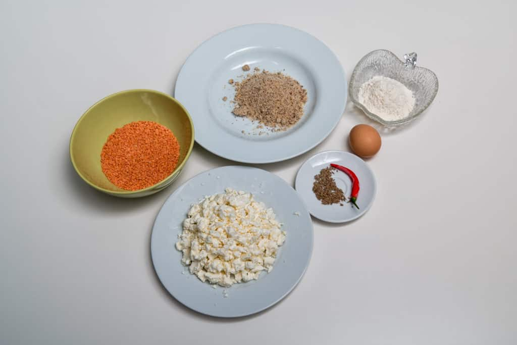 Zutaten für das Vegetarische Bällchen mit Linsen und Feta Rezept