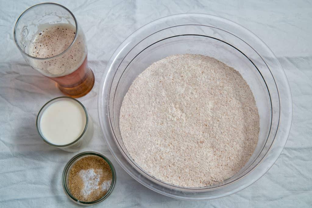 Zutaten für das Ale-Brot ohne Hefe Rezept