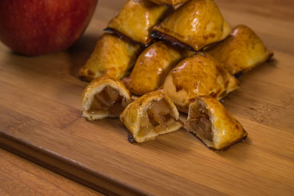 Das fertige Apfelküchlein aus der Eiswürfelform Rezept