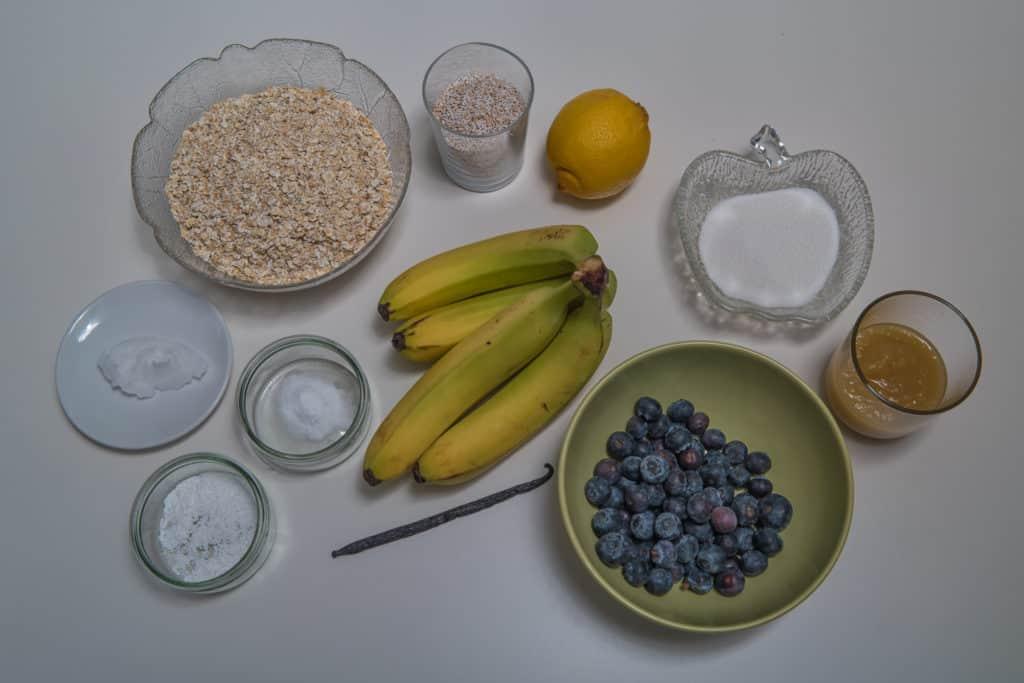 Zutaten für das Bananenbrot mit Heidelbeeren Rezept