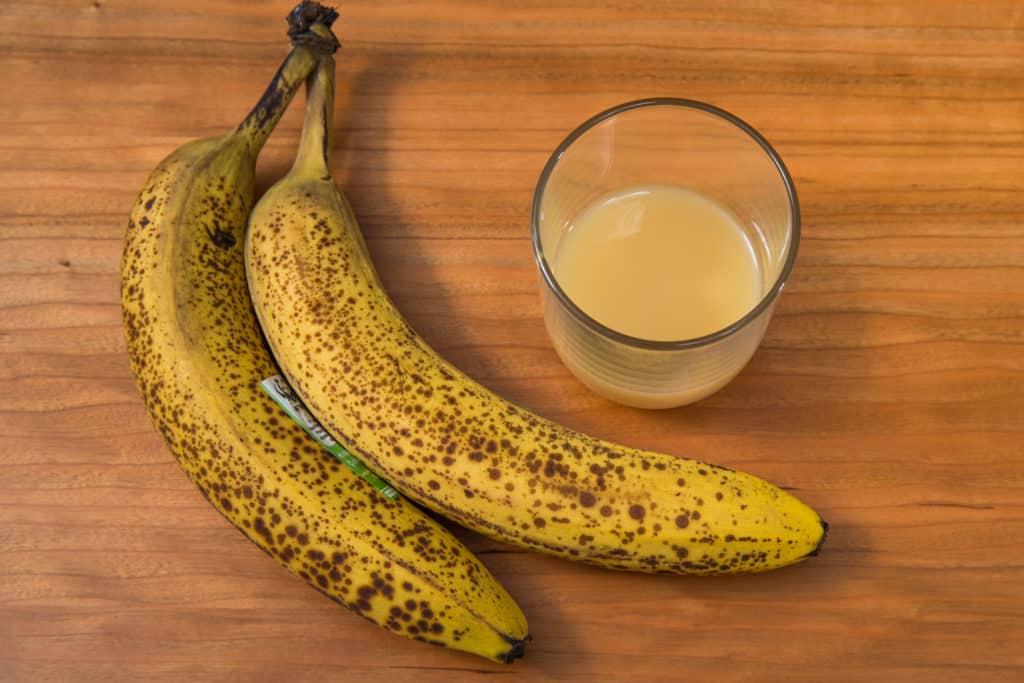 Zutaten für das Selbstgemachte Bananenchips Rezept
