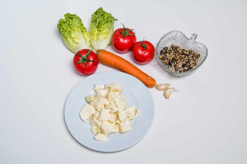 Zutaten für das Gefüllte Tomaten mit Mozzarella Rezept