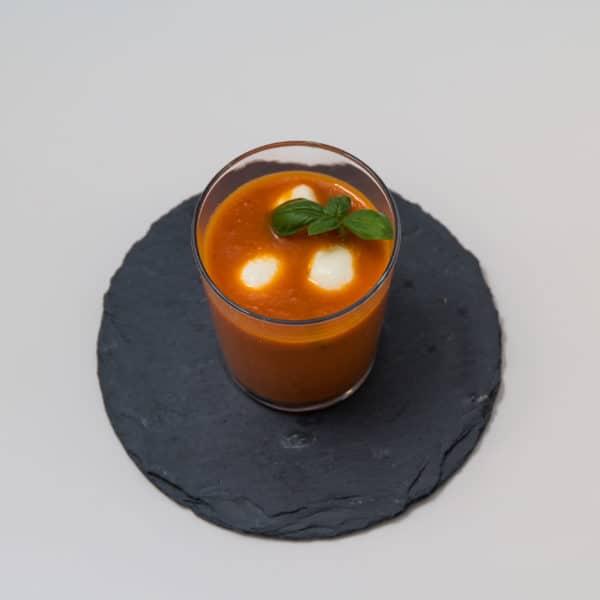 Das fertige Kalte Tomaten und Aprikosen Suppe Rezept