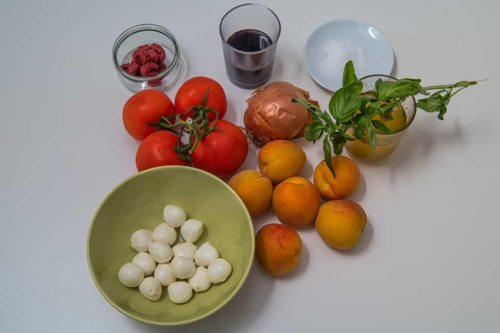 Zutaten für das Kalte Tomaten und Aprikosen Suppe Rezept