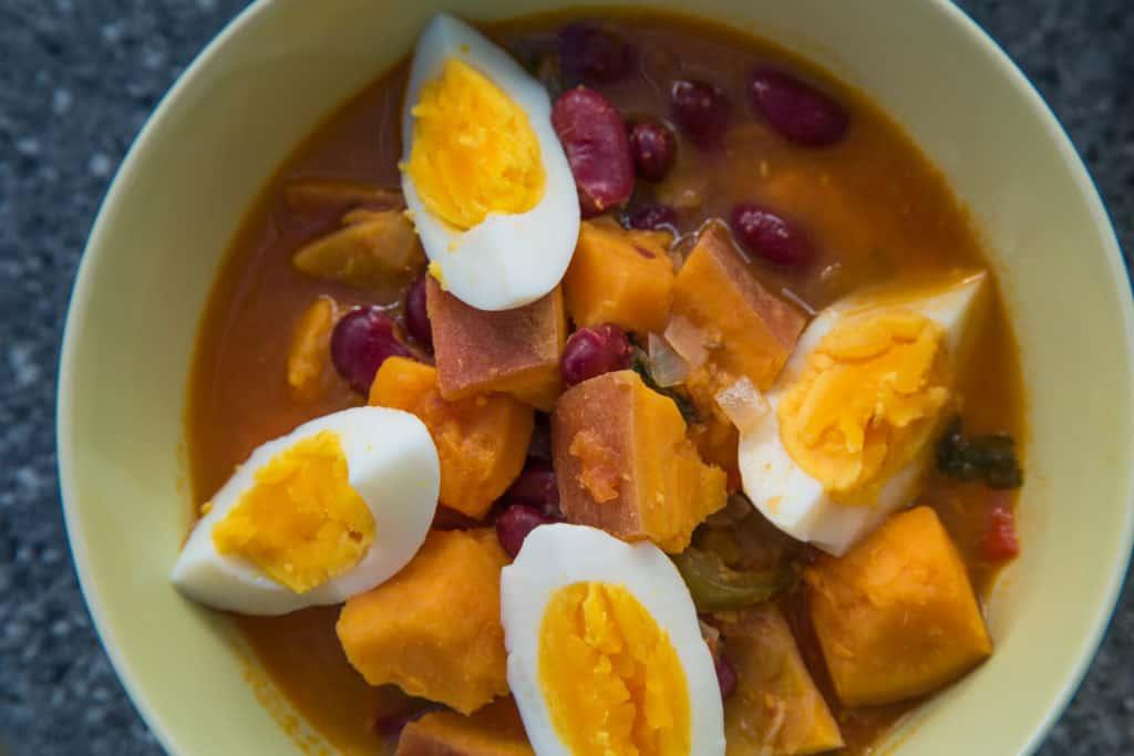 Das fertige Süsskartoffel und Bohnen Curry Rezept