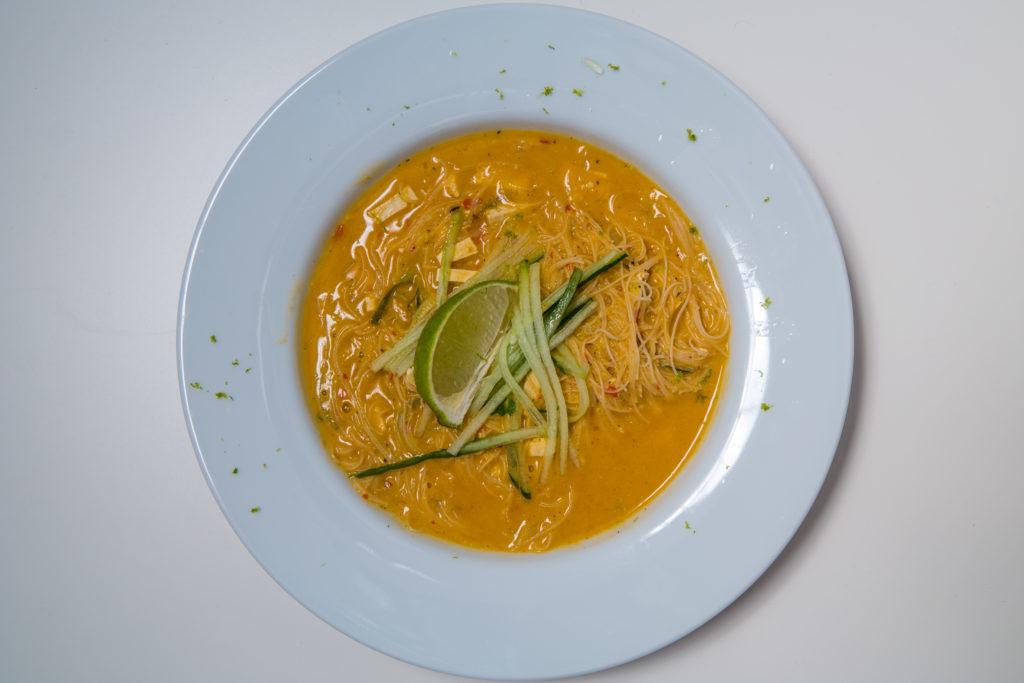 Laksa Suppe Mit Reisnudeln Rezept Lia Liam